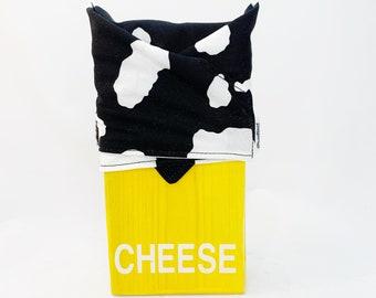 Reuseable Cheese wrap, zero waste cucumber wrap, food wrap, reuseable, washable, kitchen storage, zero waste, Cow Print
