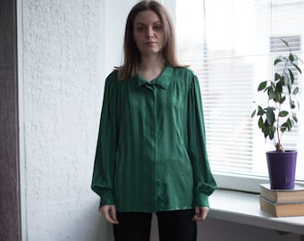 d239aa88ee53c6 Vintage 80 s Blouse In Green