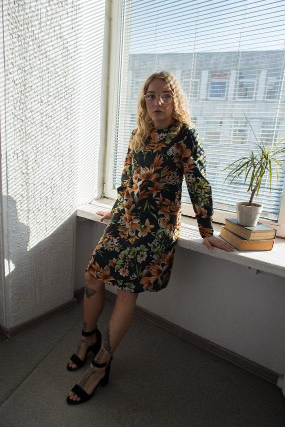 Vintage 70's Black Floral Midi Long Sleeved Dress