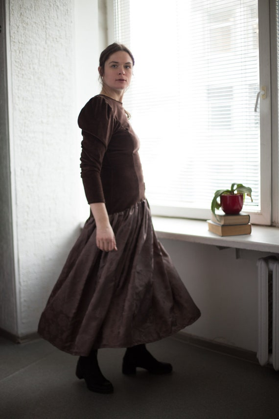 Vintage 80's Velvet Top Puff Sleeved Dress In Brow