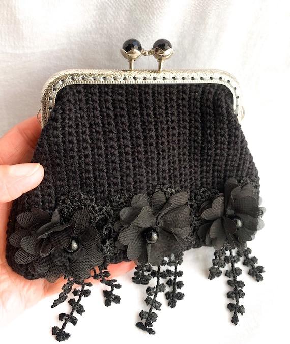 Handmade crochet coin purse,bordo color with a bronze shine,metal frame crochet purse for coins