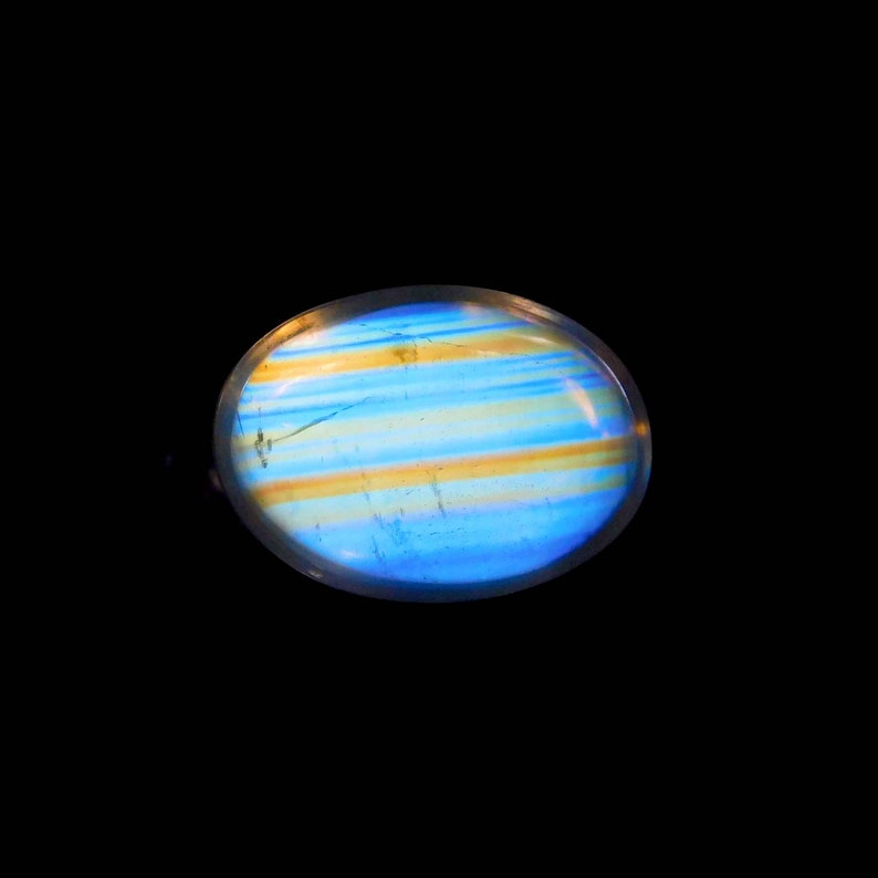 Super Top AAA+++,Awesome Very Beautiful Designer Natural Multi Flashy,Rainbow Moonstone Gemstone,Oval Shape,Size10x7MM,3.40Carat
