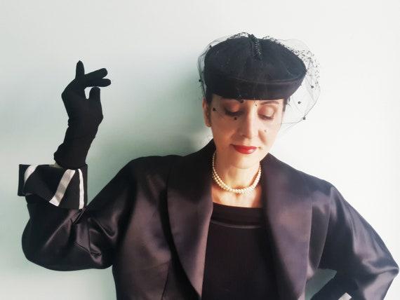 Elsa Schiaparelli satin & net veil 1940s hat - image 6