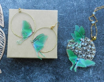Entomology Jewelry Real Silk Cocoon Ivory Cotton and Silk Organza Butterfly Necklace Moth Necklace Bombyx Mori Necklace