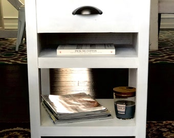 Farmhouse nightstand/side table with drawer