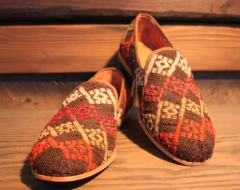 e558f48cd8d Men s kilim loafers