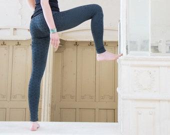 77a49373d38e33 Printed Leggings | Boho Leggings | Yoga Leggings | Steampunk Leggings |  Cyberpunk | Hexagon Leggings Gunmetal