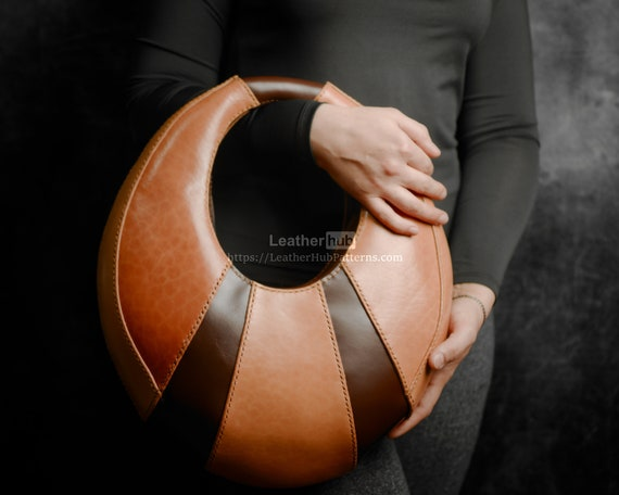 Leather bag pattern PDF - DIY handbag leather template PDF with video tutorial - Half moon ladies bag pattern for leather crafting