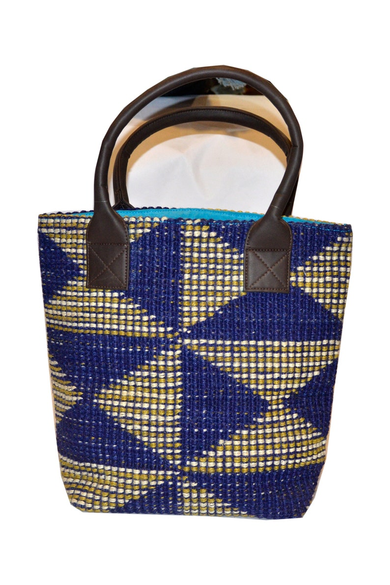 Storage basket, Large woven laundry basket, beach bag, shopping bag,  Planter, Laundry organize, Boho basket, bedding baskets, Jute baskets