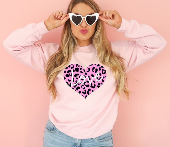 Valentines Day shirt cute mom sweatshirt for valentines day gift sweatshirt for Mama Valentines day shirt for mom