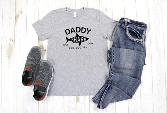 Daddy Shark tshirt, Dada Shark, Shark family tshirts, family tshirts, daddy shark tee, mens tshirt, fathers day gift, fathers day tshirt