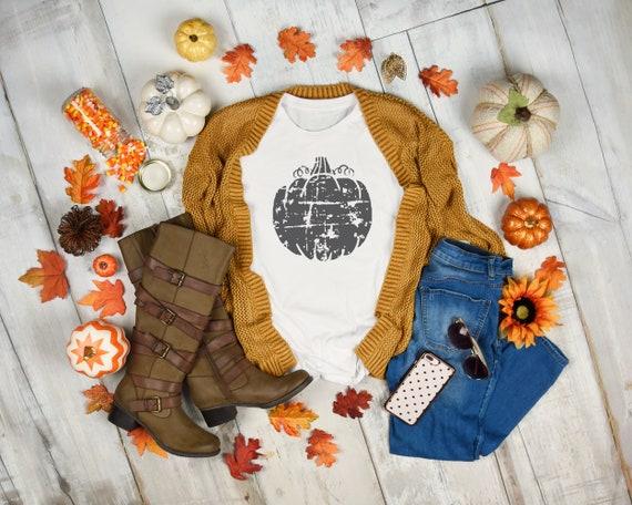 Women's Fall tshirt, Fall shirt, womens tshirt, pumpkin shirt, Distressed Pumpkin tshirt, pumpkin tshirt, womens pumpkin shirt