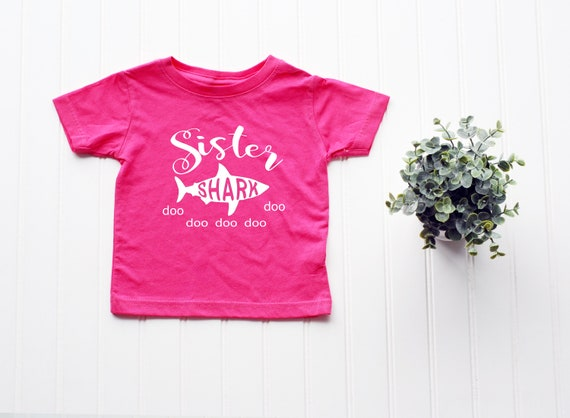 Sister Shark Toddler shirt, Baby Shark family shirts, Baby announcement ideas, cute shirt for toddlers kids children big sister