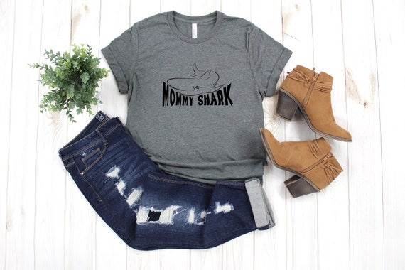 Mommy Shark T-Shirt, mommy and me tshirt, mother's day, mommy shark tee, mommy tshirt, baby shark, daddy shark, family shark tees, mom tee