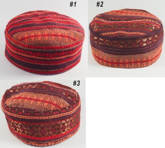Man boho colorful kippah kufi kipa koofi duppi kuchi fez pillbox taqiyah tubeteika skullcap takke vegan Festival African Malawi headwear hat