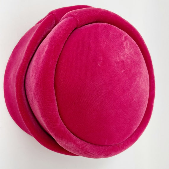 50s 60s Pink Velvet Union Made Pillbox Hat ILGWU - image 4