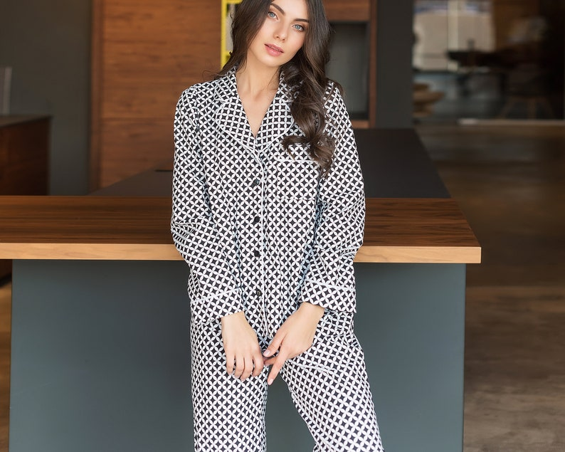 Comfy Black /& White Cotton Pajama Set \u2022 Unique Lingerie Luxury Christmas Gift for Her \u2022 Romantic Christmas Gift for Girlfriend Wife Sister