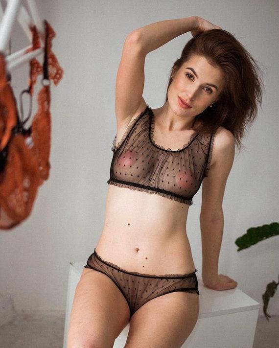 See Throgh Panties Gif
