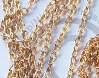 1dcd3880f603 Cadena de metal precio por metro 3x4 mm color oro