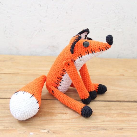Ravelry: The Sleepy Fox pattern by Eserehtanin (Nina) | 570x570