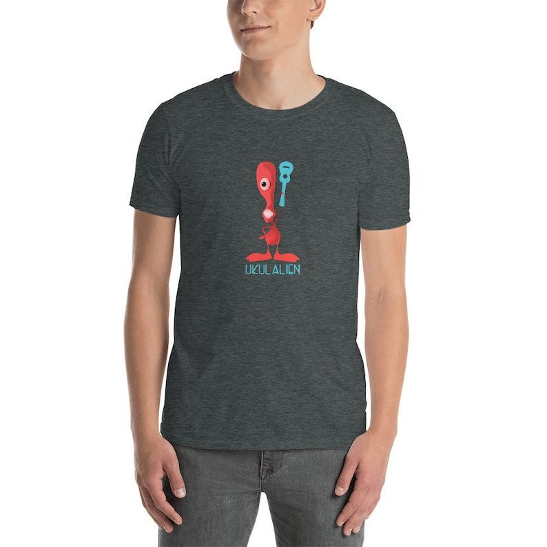 Ukulalien t-shirt in dark gray  Cool Tshirt with ukulele image 0