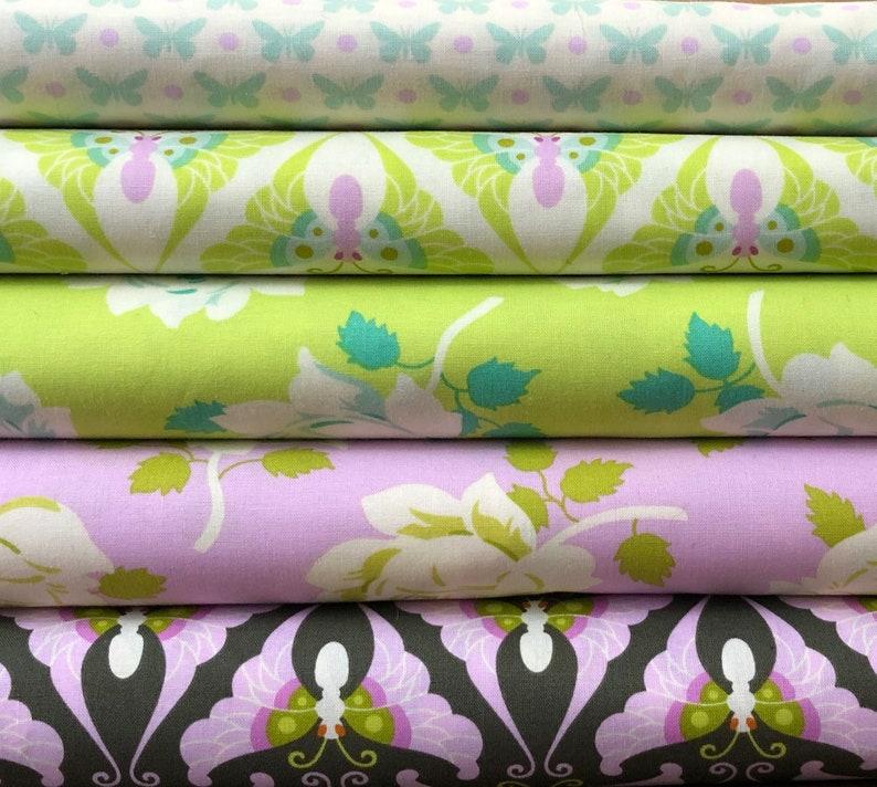 Fat Quarter Lottie Da Butterfly Dot Cotton Quilting Fabric Free Spirit