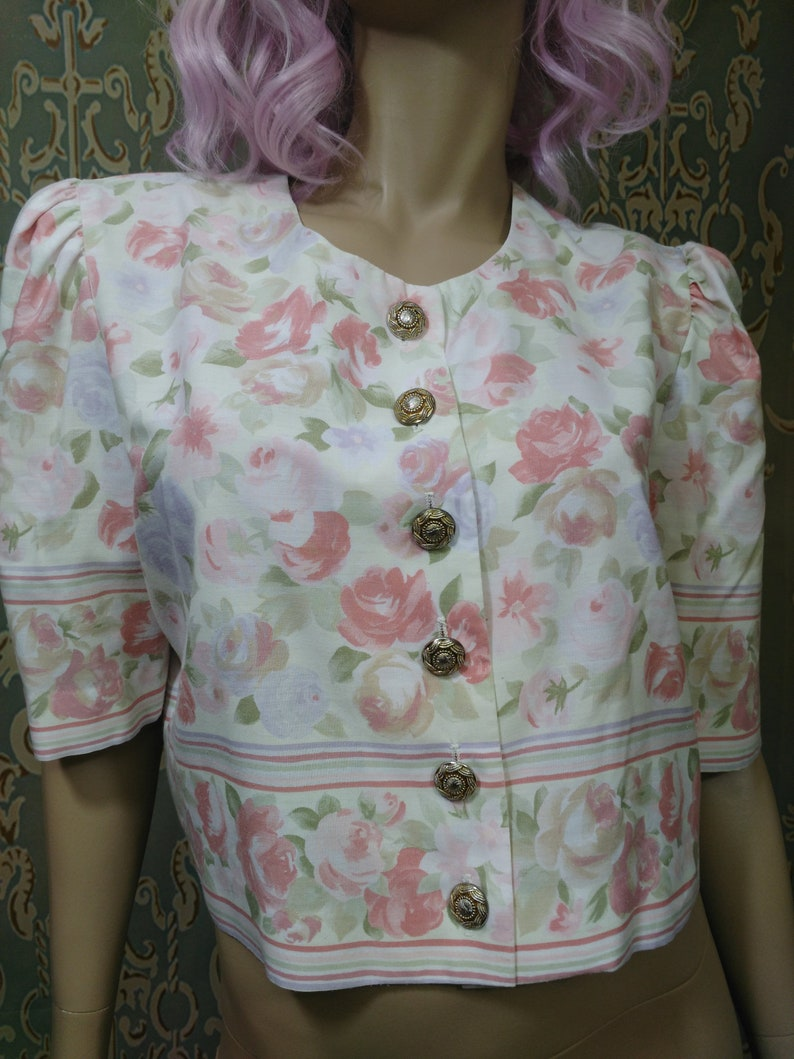 Vintage 80s Cropped Floral Top Button Front Blouse Puff Sleeves Boxy Size ML Cream Pink Green