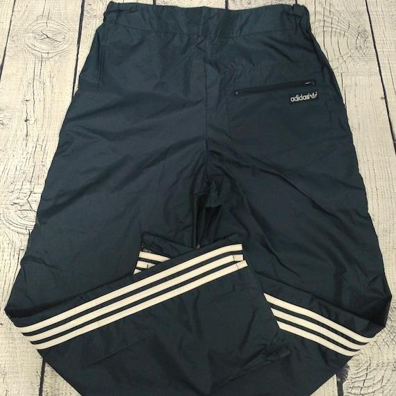 pantaloni nylon adidas