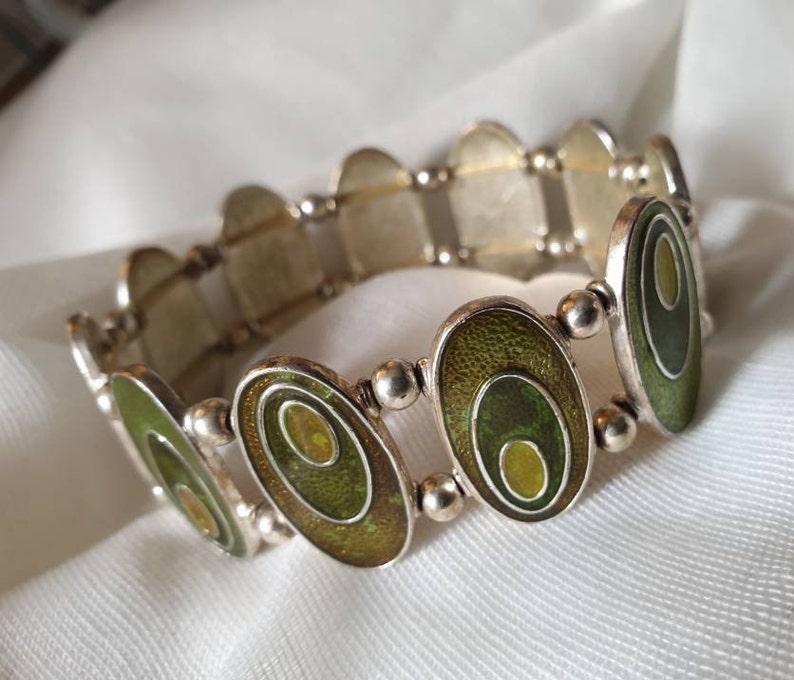 vintage bangle bracelet green retro  bracelet oval link retro bracelet vintage green stretch bracelet funky 70/'s  enamel bracelet