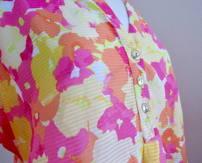 Size 14 Vintage Pink orange and yellow 34 length sleeve floral tunic  beach cover-up