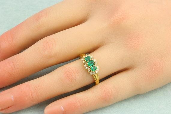 18ct Gold Emerald & Diamond Triple Cluster Ring |… - image 7