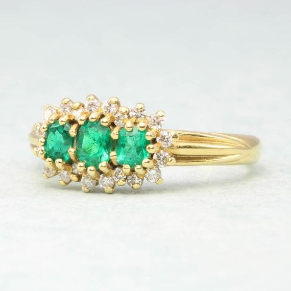 18ct Gold Emerald & Diamond Triple Cluster Ring |… - image 2