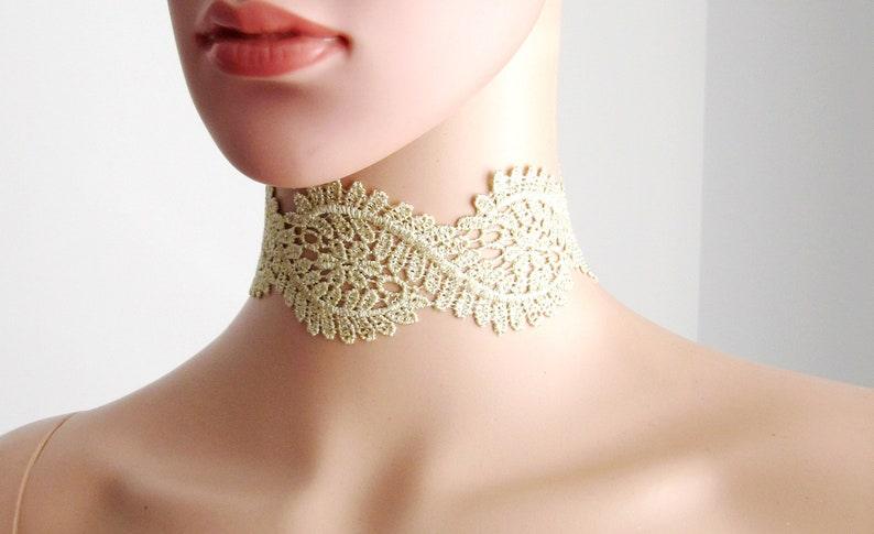Pearly Bridal Shower Leaf Lace Choker Delicate Handmade Necklace Wedding Neck Accessories