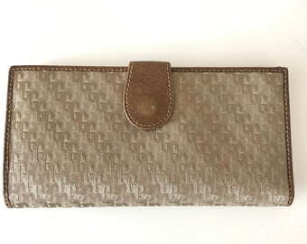 fc95fa68573 Vintage Gucci 80s Accessory Collection Satin Jacquard Beige Brown  Continental Wallet