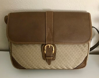 a23e4ce51ea Vintage 80s Gucci Satin Jacquard Shoulder Bag Crossbody Beige Boarksin