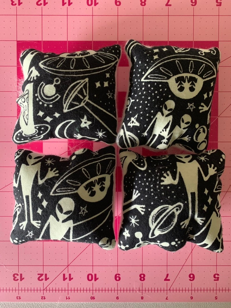 Glow in the Dark Alien Set of 4 Small Animal Pillows for Guinea pigsHedgehogHamsterChinchillasRatsFerret and other small animals