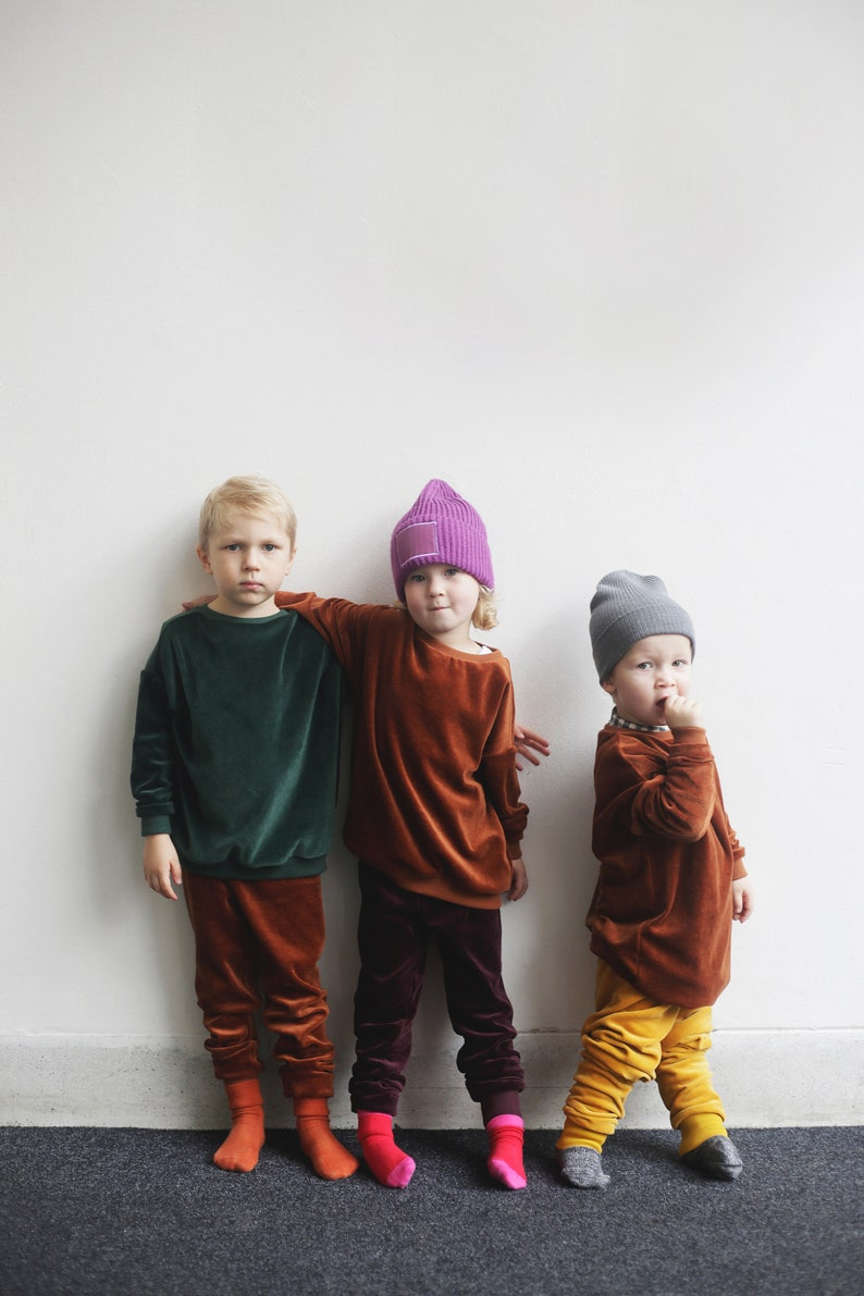 Cuddly unisex trousers made of velvet organic cotton