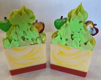 Juicy Apple, Handmade Soap, Anniversary, Artisan Soap, Natural Soap, Bar, Homemade Soap, Gifts, Graduation, Party, Mother's Day