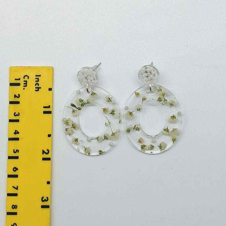Pearl and Baby/'s Breath Earrings