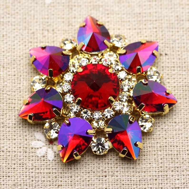 e607a346d5 43mm Red Flower Shape Sew On Rhinestone With Claw Setting Gold Back Fancy  Stone Rhinestone applique Buttons For Dance clothes