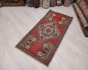 Small Vintage Rug,Small Turkish Rug,1.6x3.4ft Small Oriental Rug Small Oushak Rug Small Entry Rug Boho Rug, Small Rug Doormat