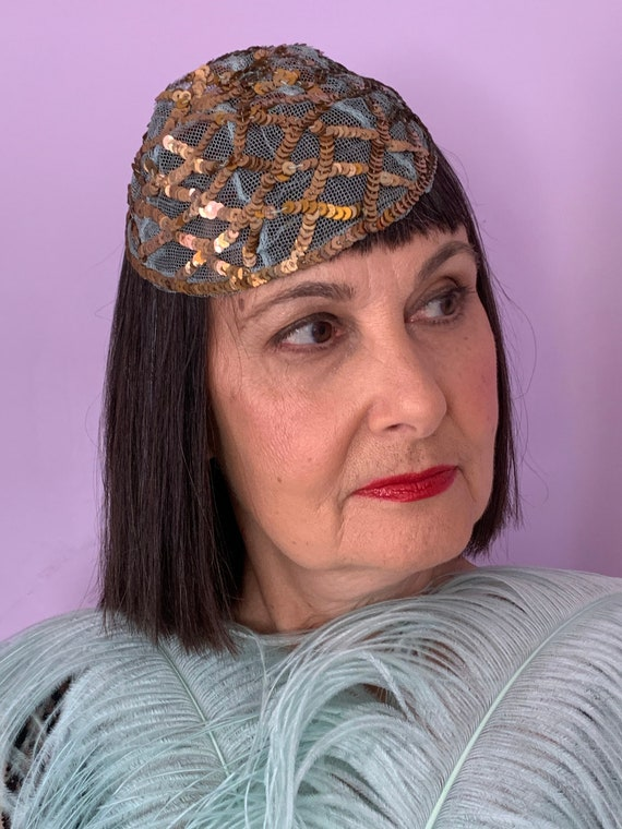 1920's Skull Cap with Blue Netting and Gold Sequi… - image 3