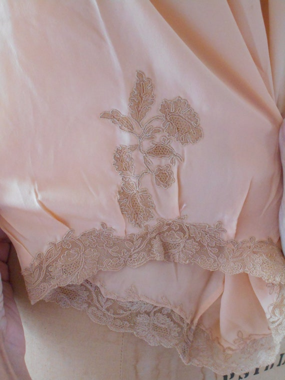 1920-30's Pale Peach Silk Lace Tap Pants/Bloomers