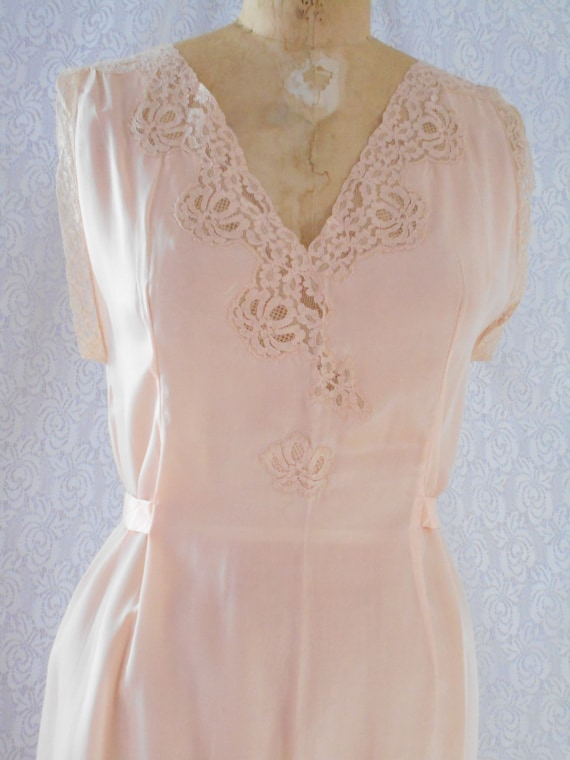 "1930's Peach Silk/Lace Night Gown - ""Marshall Fiel"