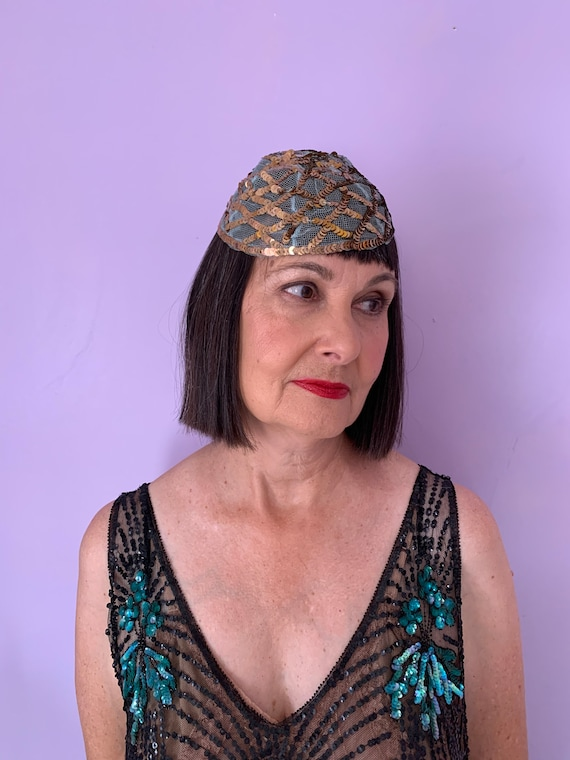 1920's Skull Cap with Blue Netting and Gold Sequi… - image 1