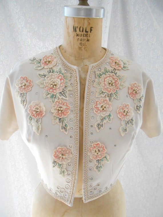 Pretty 1940's Dress/Bolero with Embroidered Flowe… - image 3