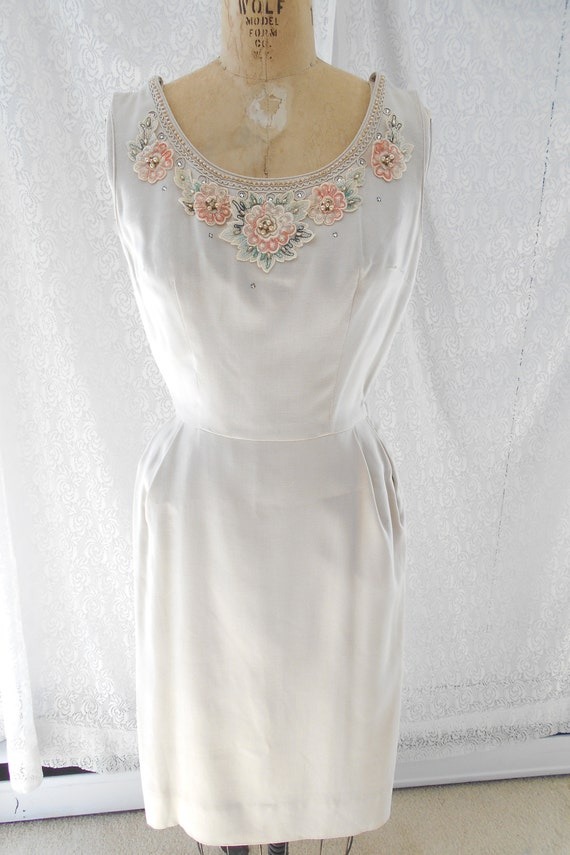 Pretty 1940's Dress/Bolero with Embroidered Flowe… - image 2