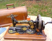 Antique 1887 12k Singer Fiddlebase Sewing Machine Acathus Decals Cylinder Shuttle Machine Bentwood Carry Case