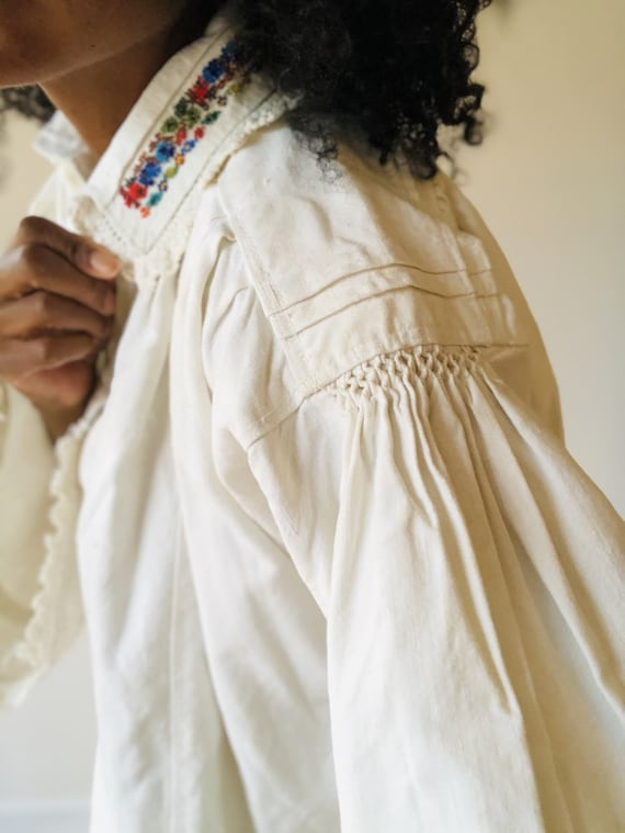 Antique Hungarian Embroidered Cotton Peasant Blou… - image 3