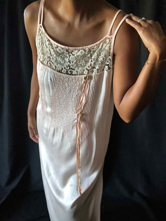 1920's Pale Pink Silk Charmeuse Sleeveless Night G